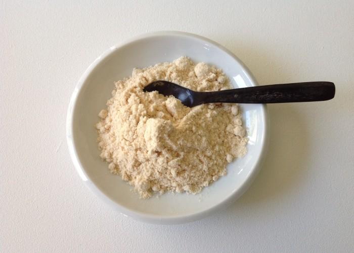 farine de coco bio à manger crue