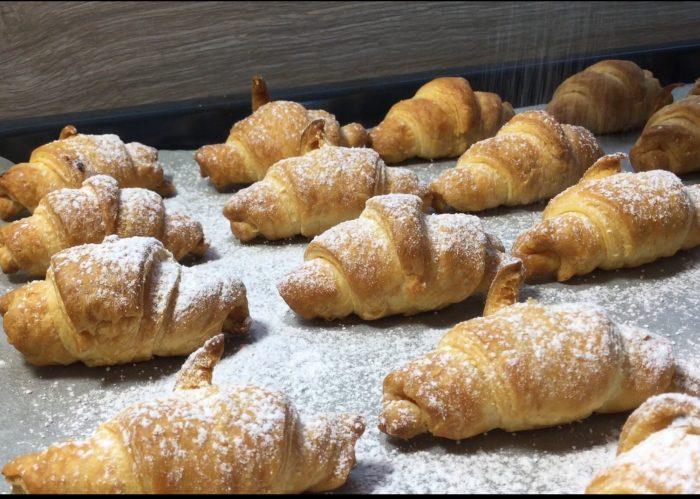 croissants-a-la-pate-d-amande